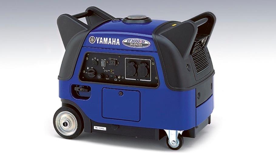 YAMAHA EF 3000 iSE